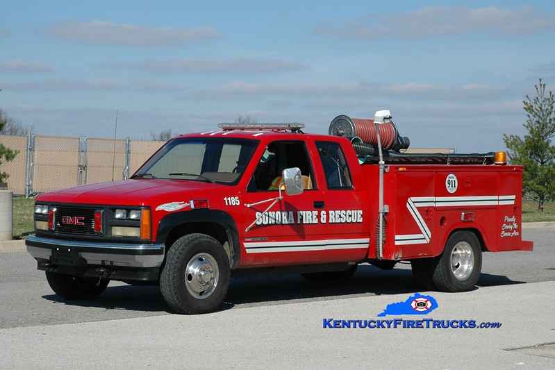 <center> Sonora  Rescue 1185 <br> 1999 GMC 3500/Omaha 250/200 <br> Greg Stapleton photo </center>