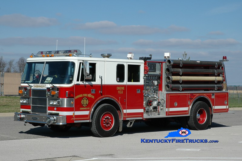 <center> Sonora  Engine 1133 <br> x-Oxford, PA <br> 1994 Pierce Lance 1250/1000 <br> Greg Stapleton photo </center>
