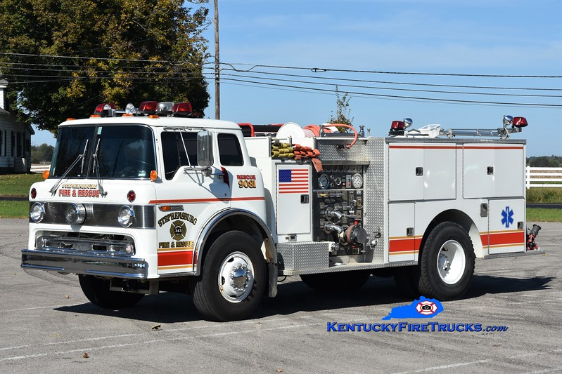 Stephensburg  Rescue 9081<br /> x-Radcliff, KY<br /> 1984 Ford C-8000/Pierce 1250/500<br /> Greg Stapleton photo