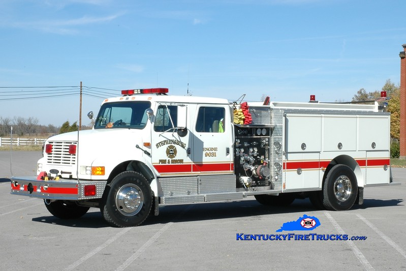 <center> Stephensburg  Engine 9031 <br> x-Radcliff, KY <br> 1993 International 4900/Pierce 1250/1000 <br> Greg Stapleton photo </center>