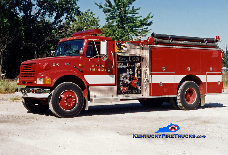<center> Upton Engine 1236 <br> 1994 International 4900/Pierce 1250/1000 <br> Greg Stapleton photo </center>