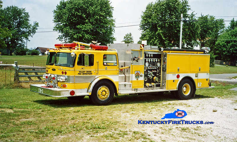 <center> RETIRED <br> Valley Creek  Engine 2 <br> x-Springettsbury, PA <br> 1979/1991 Oshkosh/Pierce 1000/750 <br> Kent Parrish photo </center>