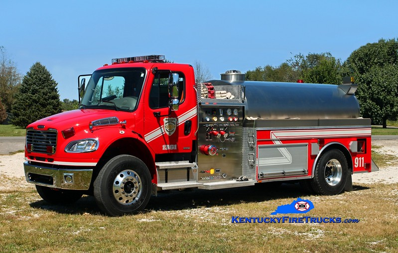<center> Valley Creek  Tanker 1361 <br> 2008 Freightliner M2-106/Bluegrass 500/1500 <br> Kent Parrish photo </center>
