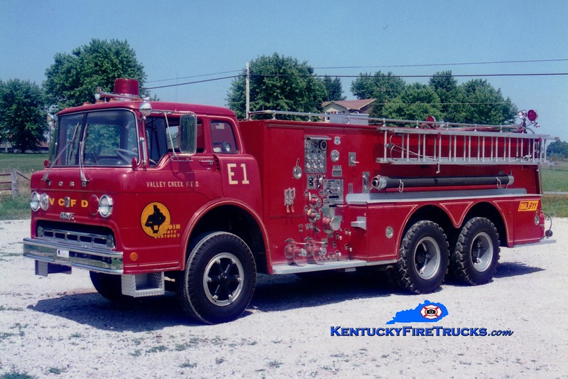 <center> RETIRED <br> Valley Creek  Engine 1 <br> x-Lawrence Twp, IN <br> 1969 Ford C/Howe 1000/2250 <br> Greg Stapleton photo </center>