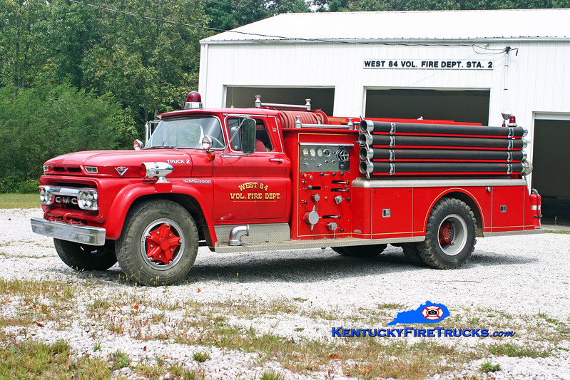 <center> RETIRED <br> West 84  Engine 1422 <br> 1962 GMC 5000/Bruco  750/500 <br> Kent Parrish photo </center>