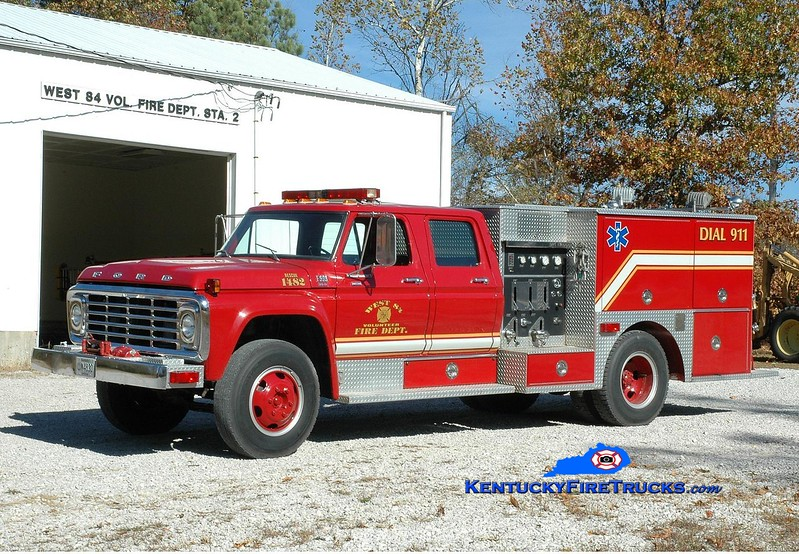 <center> RETIRED <br> West 84  Rescue 1482 <br> x-Masonville, KY; Utica, KY <br> 1979 Ford F-800/Local 400/300  <br> Greg Stapleton photo </center>