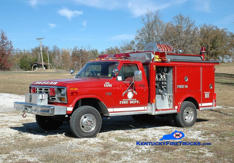 <center> RETIRED <br> West 84  Rescue 1481 <br> 1985 Ford F-350 4x4/Indiana 350/300  <br> Greg Stapleton photo </center>