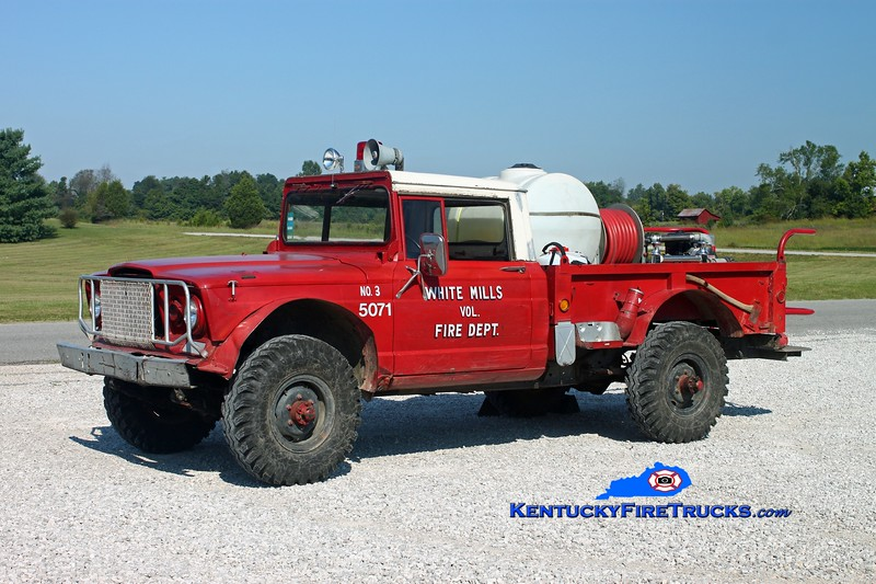 <center> White Mills  Brush 5071 <br> 1968 Kaiser 4x4/WMFD 125/125 <br> Kent Parrish photo </center>