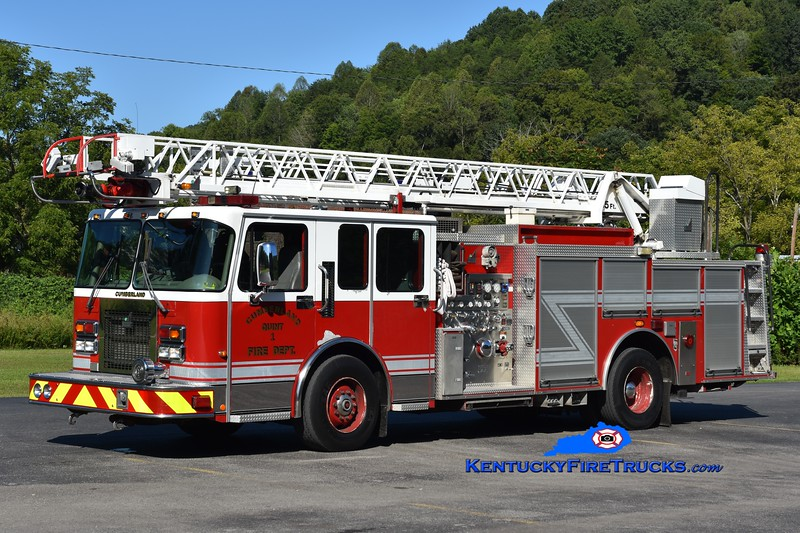 Cumberland  Quint 1<br /> x-South Charleston, WV<br /> 2000 Spartan/Smeal 1500/400/100/55' <br /> Greg Stapleton photo