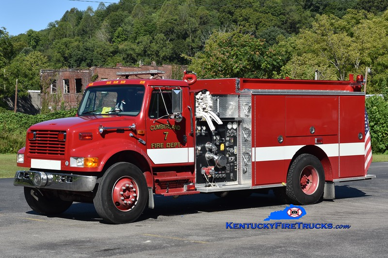 Cumberland Engine 7<br /> 1999 International 4900/Pierce 1250/1000<br /> Greg Stapleton photo