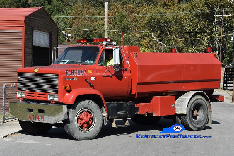 Evarts  Tanker 1<br /> x-Viper, KY<br /> 1987 Chevy Kodiak/Noble 0/1800<br /> Greg Stapleton photo