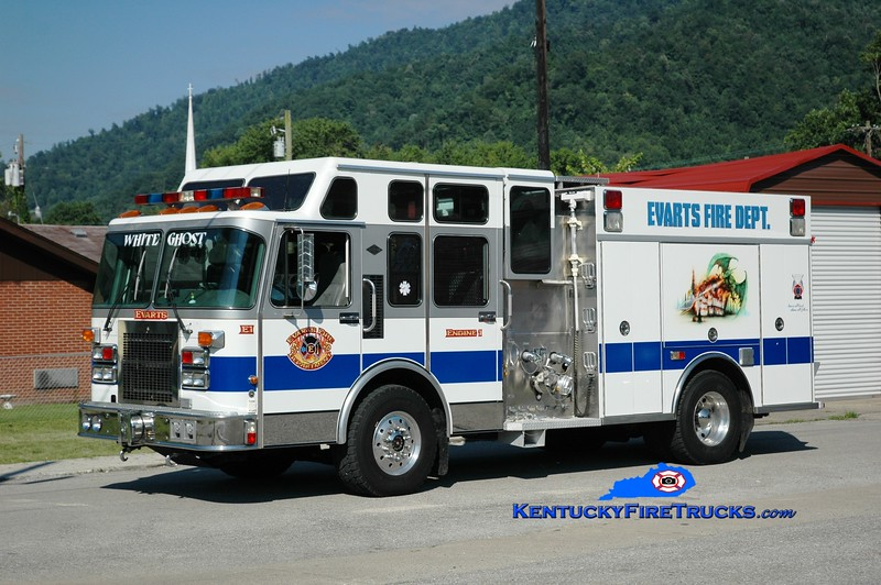 <center> Evarts Engine 1 <br> x-West Tuckerton, NJ & Laurel County, KY <br> 1995 Spartan/Saulsbury 1500/1500 <br> Greg Stapleton photo </center>
