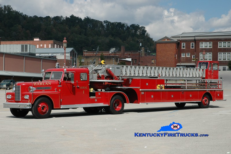 <center> Harlan  Aerial 1 <br> 1966/1981 Pirsch/2003 North Central Fire Apparatus 100' <br> Tractor x-Lexington/Trailer x-Kenosha, WI <br> Greg Stapleton photo </center>