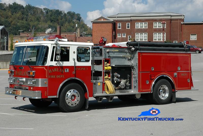 <center> Harlan  Engine 3 <br> 1988 Pierce Dash D-8000 1250/750 <br> Greg Stapleton photo </center>