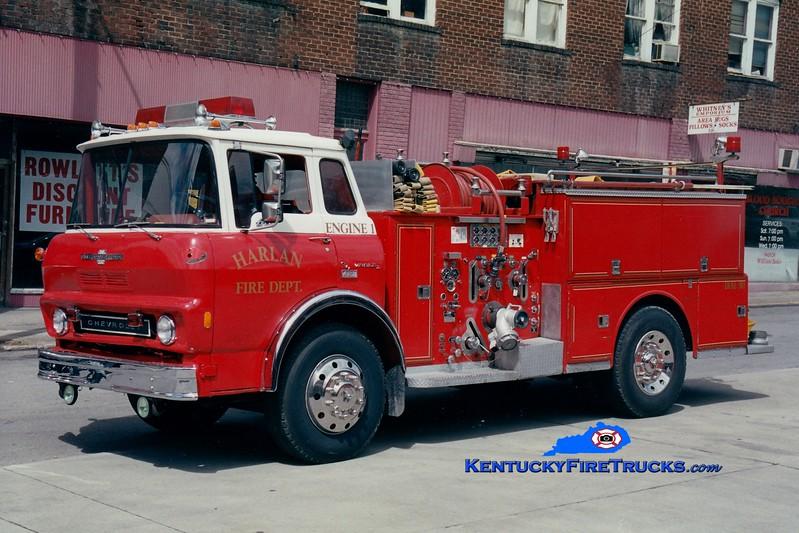 <center> RETIRED <br> Harlan  Engine 1 <br> 1972 GMC/American LaFrance 1000/500 <br> Greg Stapleton photo </center>
