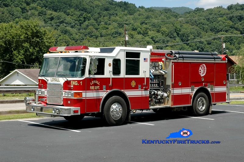 <center> Loyall  Engine 1 <br> x-Irmo, SC <br> 2001 Pierce Enforcer 1250/1000 <br> Greg Stapleton photo </center>