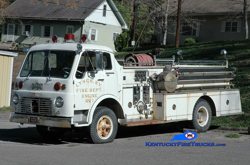 RETIRED <br /> Lynch Engine 1<br /> 1966 International VCO/Pirsch 750/500<br /> Greg Stapleton photo