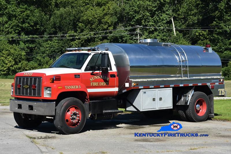 Sunshine  Tanker 5<br /> 2000 GMC 7500/Brenner 0/2500<br /> Greg Stapleton photo