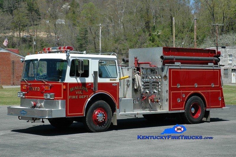Wallins  Engine 1<br /> x-Shohola Twp, PA<br /> 1987 Pirsch 1500/1250<br /> Greg Stapleton photo