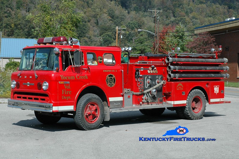 <center> RETIRED <br> Yocum Creek  Engine 2 <br> x-Letcher, KY <br> 1972 Ford C/American LaFrance 1000/750 <br> Greg Stapleton photo </center>