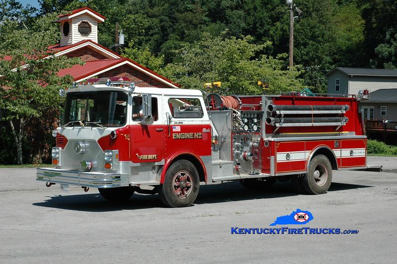 <center> Yocum Creek  Engine 2 <br> x-Cromwell, CT <br> 1976 Mack CF/1989 FAS 1250/750 <br> Greg Stapleton photo </center>
