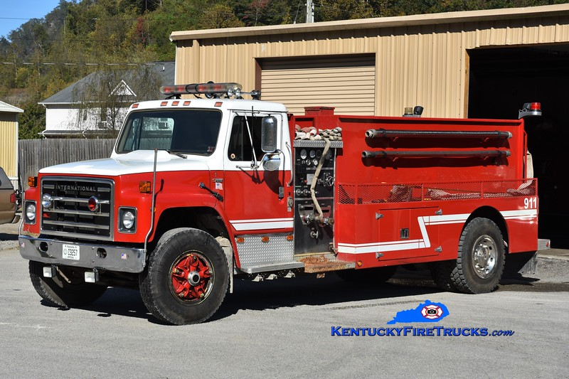 Yocum Creek  Tanker 1<br /> x-Lower Clover Fork, KY <br /> 1980 International S1800/2000 Wynn 350/2000<br /> Greg Stapleton photo