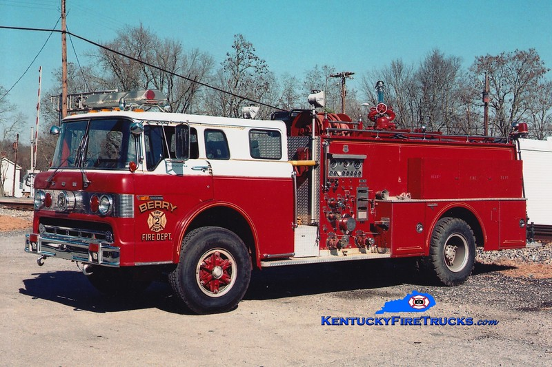 <center> Berry  Engine 2 <br> x-Alexandria, KY <br> 1978 Ford C/Grumman 1250/1000 <br> Greg Stapleton photo <br> </center>