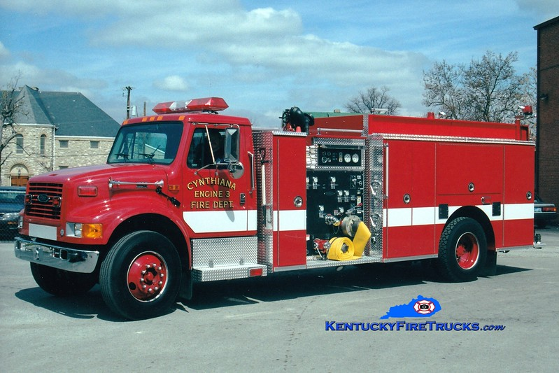 <center> Cynthiana Engine 3  <br> 1999 International 4900/Pierce 1250/500/Quad <br> Greg Stapleton photo </center>