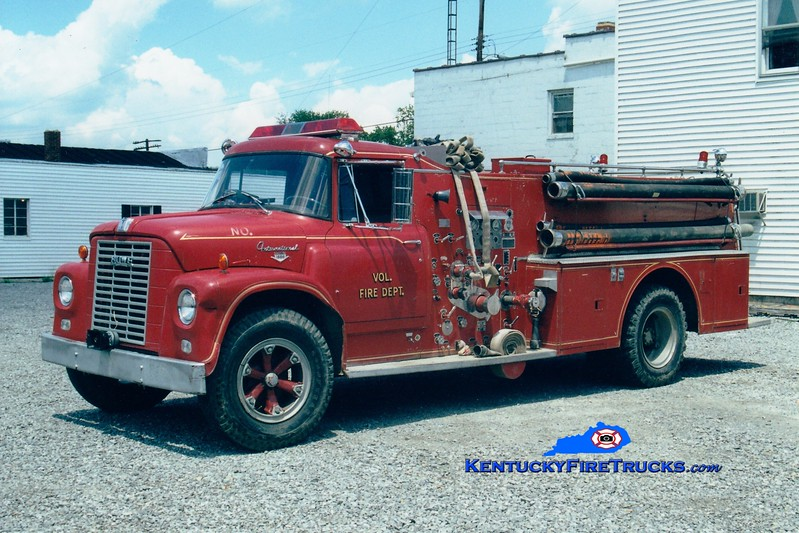 <center> RETIRED <BR> Northern Harrison Engine 3 <br> 1964 International Loadstar/Howe 750/750 <br> Greg Stapleton photo <br> </center>