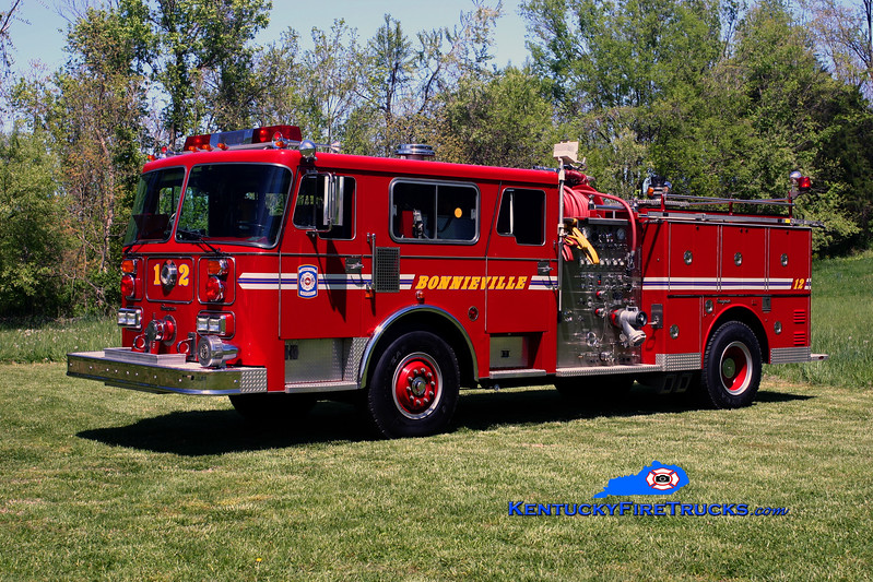 <center> RETIRED <br> Bonnieville  Engine 12 <br> x-Highview, KY <br> 1987 Seagrave 1500/500 <br> Kent Parrish photo </center>