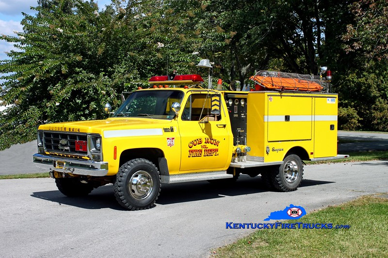 <center> RETIRED <br> Cub Run Squad 3 <br> 1979 Chevy C30 4x4/Seagrave 300/250 <br> Kent Parrish photo </center>