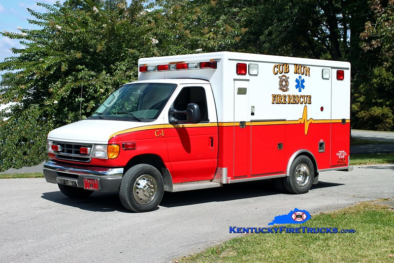 <center> Cub Run Rescue 1 <br> x-Hart County, EMS <br> 2004 Ford F-350/McCoy Miller <br> Kent Parrish photo </center>
