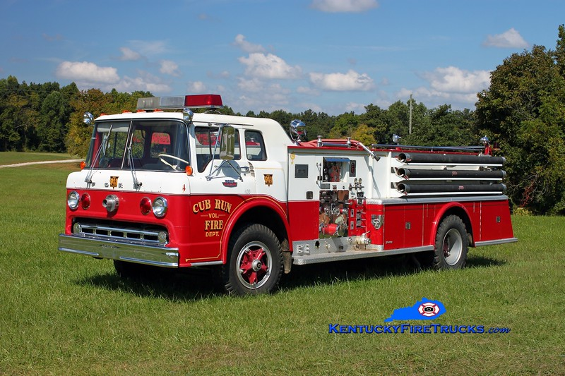 <center> RETIRED <br> Cub Run Engine 6 <br> x-Beekman, NY <br> 1967 Ford C-950/Young 750/750 <br> Kent Parrish photo </center>