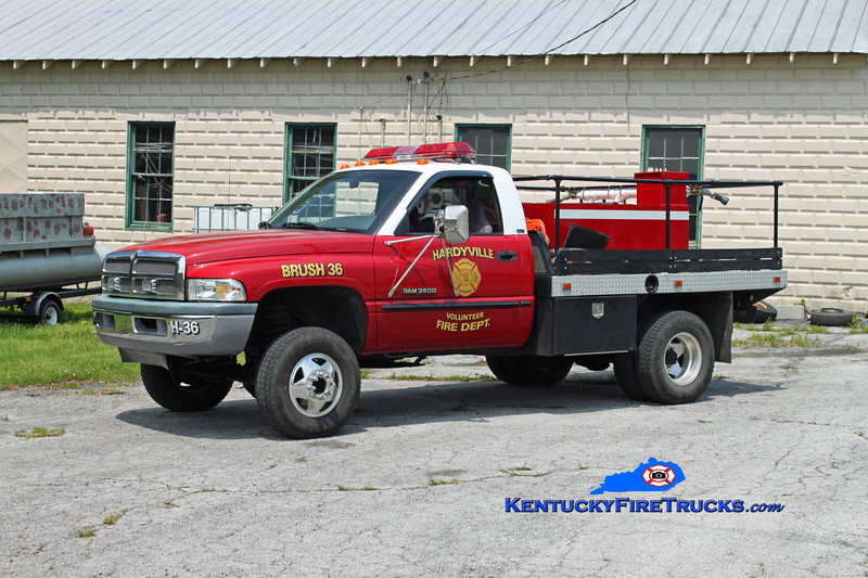 <center> Hardyville  Brush 36  <br> 1998 Dodge 3500 4x4/Local 250/250 <br> Kent Parrish photo </center>