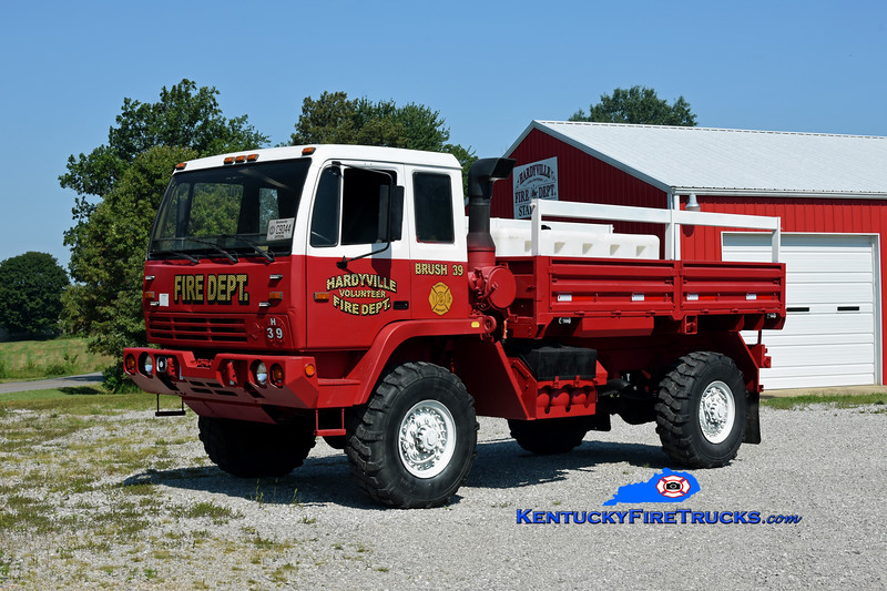 Hardyville Brush 39 <br /> x-US Army<br /> 2003 Stewart & Stevenson M1078A1 4x4/FD 125/500<br /> Kent Parrish photo
