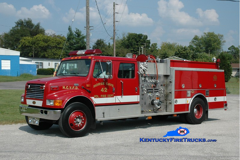 <center> Horse Cave Engine 442 <br> 2001 International 4900/KME 1250/750 <br> Greg Stapleton photo </center>