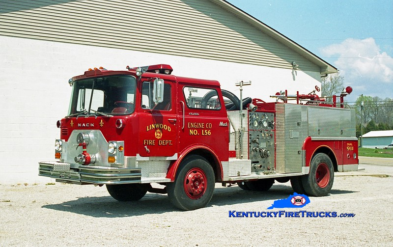 <center> RETIRED <br> Linwood  Engine 56 <br> x-Louisville, KY <br> 1971 Mack CF 1000/300 <br> Kent Parrish photo </center>