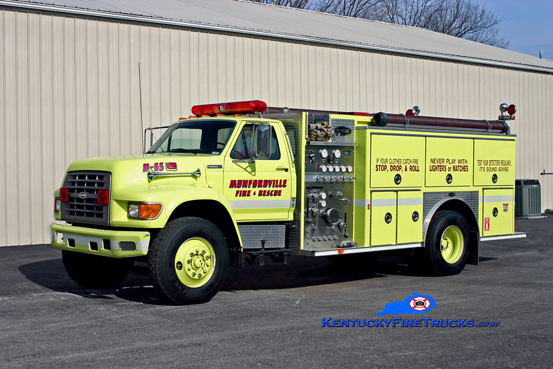 <center> Munfordville  Engine 63 <br> 1994 Ford F-750/E-One 1250/1000 <br> Kent Parrish photo <br> </center>