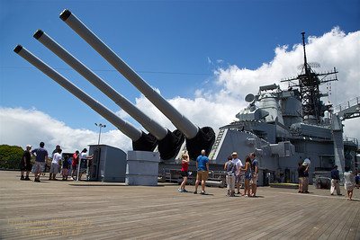 HI-150609-0009 The Big Guns BB-63 USS Missouri