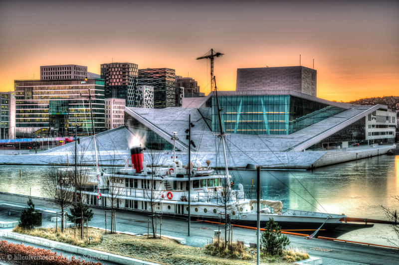 Oslo Opera at sunrise with the Dutch research vessel Grace in the foreground