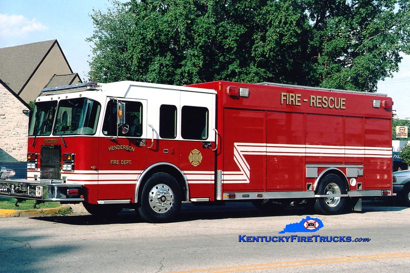 <center> Henderson  Rescue 1  <br> 2003 Spartan MetroStar/Hackney <br> Greg Stapleton photo </center>
