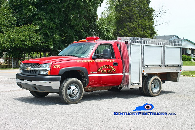 <center> Reed  Squad 240  <br> 2002 Chevy 3500 4x4/Alum-Line 250/250/10 <br> Kent Parrish photo </center>