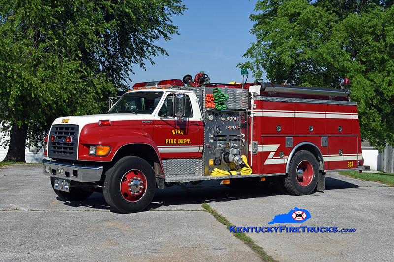 Zion  Engine 351<br /> 1997 Ford F-800/KME 1250/1000<br /> Kent Parrish photo