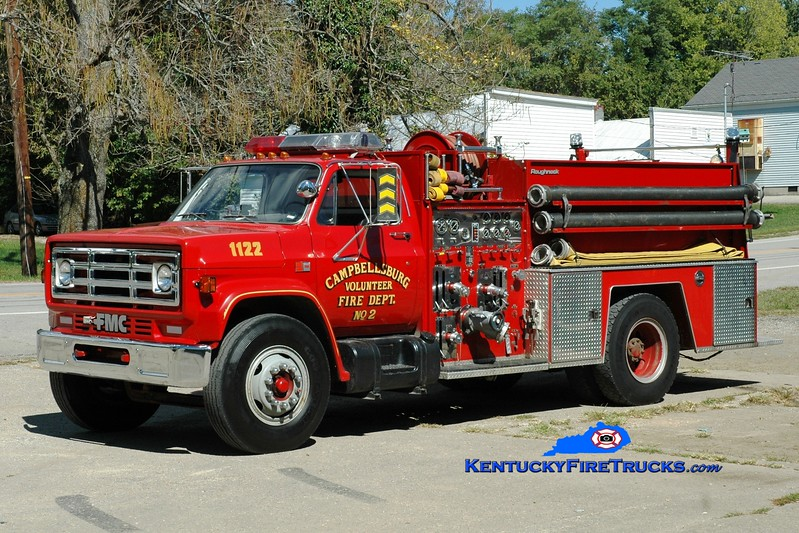 <center> Campbellsburg  Engine 1122 <br> 1984 GMC 7000/FMC 1000/750  <br> Greg Stapleton photo </center>
