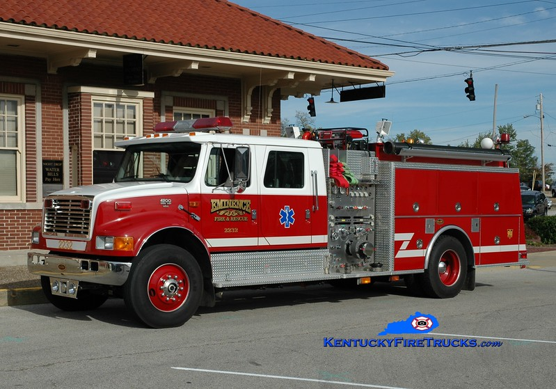 <center> Eminence Engine 2232 <br> 1997 International 4900/KME 1250/1000 <br> Greg Stapleton photo </center>