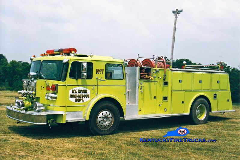 <center> RETIRED <BR> Kentucky River  Engine 7 <br> 1975 Oshkosh/American 1250/650 <br> Greg Stapleton photo </center>