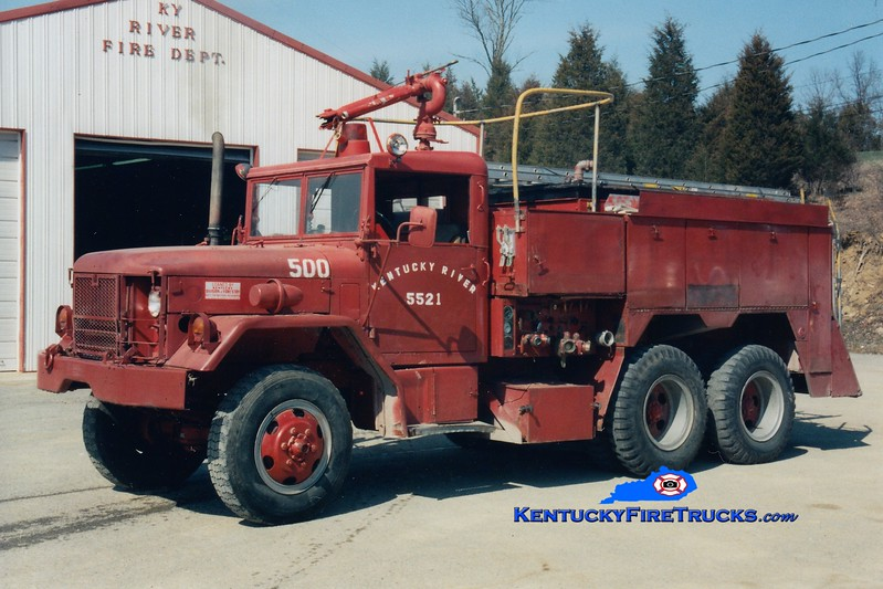 <center> RETIRED <BR> Kentucky River  Engine 5521 <br> x-Fort Knox, KY <br> 1973 AM General 530C/American Air Filer 750/1200 <br> Greg Stapleton photo </center>
