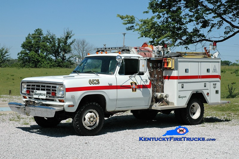 RETIRED <br /> Lake Jericho  Engine 6625<br /> x-Walton, KY & Ryland Heights, KY<br /> 1976 Dodge 4x4/Seagrave 450/250<br /> Greg Stapleton photo