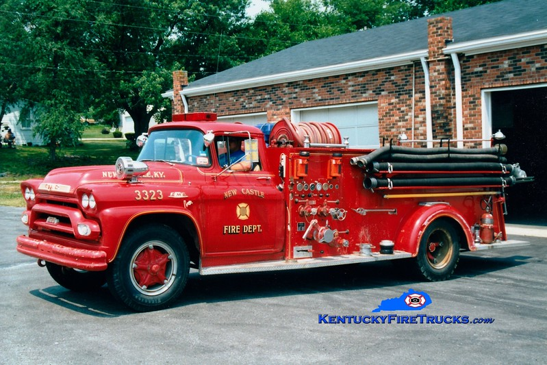 <center> RETIRED <br> New Castle  Engine 3323  <br> 1959 GMC 370/Boyer 500/500 <br> Greg Stapleton photo </center>