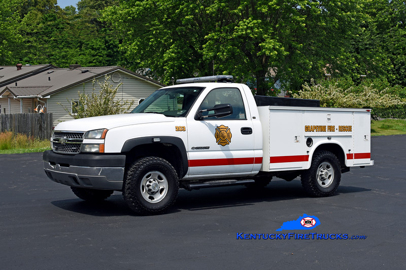 Grapevine  Squad 203<br /> x-Texas Gas Co<br /> 2004 Chevy 2500 4x4/Knapheide 125/200<br /> Kent Parrish photo
